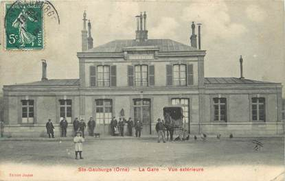 "/ CPA FRANCE 61 ""Saint Gauburge, la gare"""