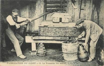 """/ CPA FRANCE 61 """"Fabrication du cidre, la pression du marc"""""""