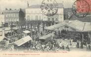 """61 Orne / CPA FRANCE 61 """"Vimoutiers, le marché aux fromages et aux légumes"""""""