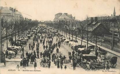 """/ CPA FRANCE 62 """"Arras, marché aux chevaux"""""""