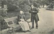"""62 Pa De Calai / CPA FRANCE 62 """"Arras, couple de vieillards des Hospices"""""""
