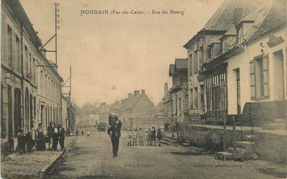 """/ CPA FRANCE 62 """"Houdain, rue du bourg"""""""