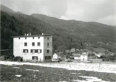 """/ CPSM FRANCE 73 """"Saint Alban d'Hurtières, auberge du Grand Cucheron """""""