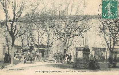 "/ CPA FRANCE 30 ""Saint Hippolyte du Fort, place de la Canourgue"""