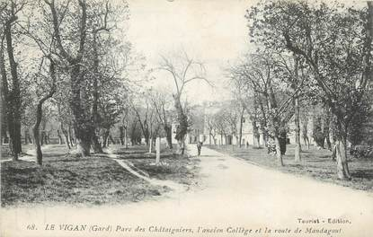 """/ CPA FRANCE 30 """"Le Vigan, parc des châtaigniers"""""""
