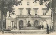 """30 Gard / CPA FRANCE 30 """"Le Vigan, la mairie, monument sergent Triaire"""""""