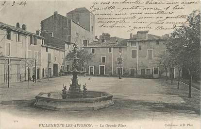 """/ CPA FRANCE 30 """"Villeneuve les Avignon, la grande place"""""""
