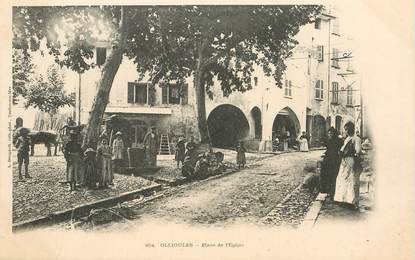"""CPA FRANCE  83 """"Ollioules, Place de l'Eglise"""""""
