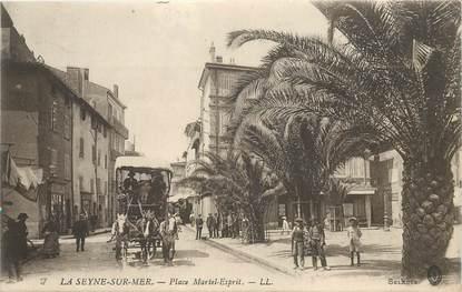 """CPA FRANCE 83 """"La Seyne sur mer, la Place Martel Esprit"""""""