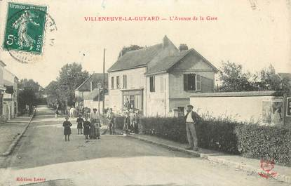 "CPA  FRANCE 89 ""Villeneuve la Guyard, avenue de la gare"""