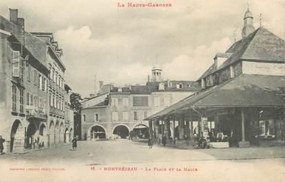 """/ CPA FRANCE 31 """"Montréjeau, la place et la Halle """""""