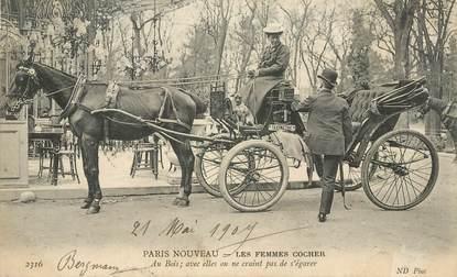 """CPA  FRANCE  75 """"Paris Nouveau, les femmes cochers"""""""