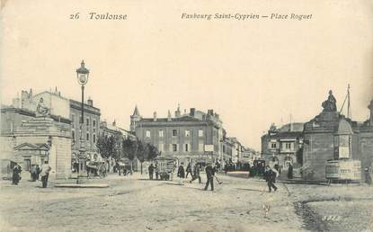 """/ CPA FRANCE 31 """"Toulouse, Faubourg Saint Cyprien, place Roguet"""""""