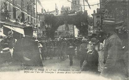 """/ CPA FRANCE 01 """"Bourg, retour du 23ème régiment d'Infanterie, défilé sous l'arc de Triomphe"""""""