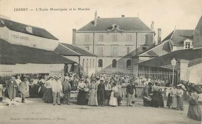 """CPA FRANCE  70 """"Jussey, Ecole municipale et le marché"""""""
