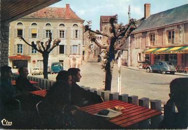 """/ CPSM FRANCE 86 """"La Roche Posay, la porte de ville"""""""