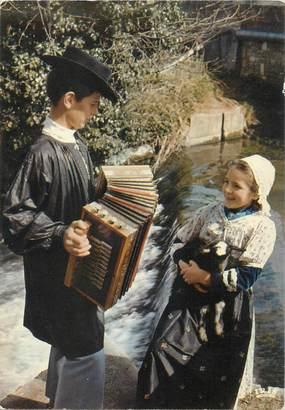 """/ CPSM FRANCE 86 """"Poitou"""" /  FOLKLORE / ENFANTS"""