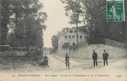 """/ CPA FRANCE 94 """"Arcueil Cachan, rue La place, av de la République et rue du beauséjour"""""""