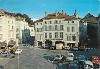 """/ CPSM FRANCE 88 """"Epinal, la place des Vosges"""""""