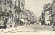"""94 Val De Marne / CPA FRANCE 94 """"Saint Mandé, grande rue vers la mairie"""""""