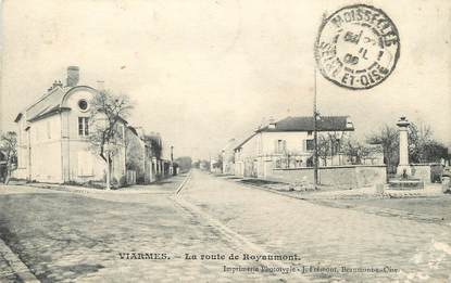 "/ CPA FRANCE 95 ""Viarmes, la route de Royaumont"""