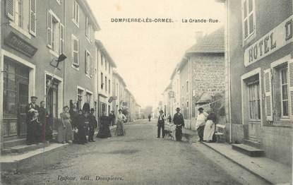 "CPA FRANCE 71 ""Dompierre les Ormes, la grande rue"""