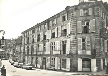 """/ CPSM FRANCE 88 """"Plombière Les Bains, rue Liétard et Hôtel Resal"""""""