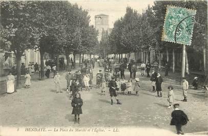 """CPA FRANCE 64 """"Hendaye, La Place du Marché"""""""