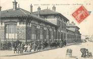 """92 Haut De Seine / CPA FRANCE 92 """"Vanves, la rue Gambetta, les écoles"""""""