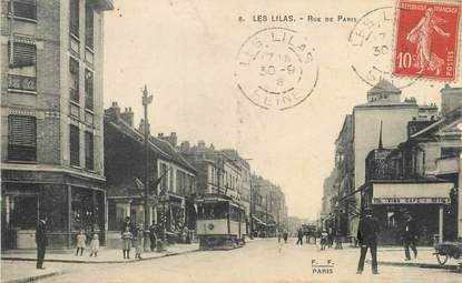 "/ CPA FRANCE 93 ""Les Lilas, rue de Paris"" / TRAMWAY"