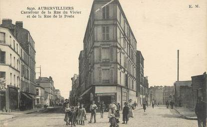 """/ CPA FRANCE 93 """"Aubervillers, carrefour de la rue du Vivier et de la rue de la poste"""""""
