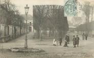 """77 Seine Et Marne / CPA FRANCE 77 """"Chelles, la place du Poncelet"""""""