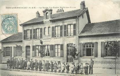 """/ CPA FRANCE 77 """"Fontaine Fourche, la mairie, les écoles"""""""