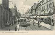 "77 Seine Et Marne / CPA FRANCE 77 ""Fontainebleau, la rue Grande"" / TRAMWAY"