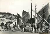 """29 Finistere / CPSM FRANCE 29 """"Audierne, voiliers dans le port"""""""