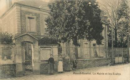 """/ CPA FRANCE 77 """"Mesnil Amelot, la mairie et les écoles"""""""