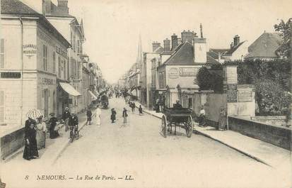 "/ CPA FRANCE 77 ""Nemours, la rue de  Paris"""