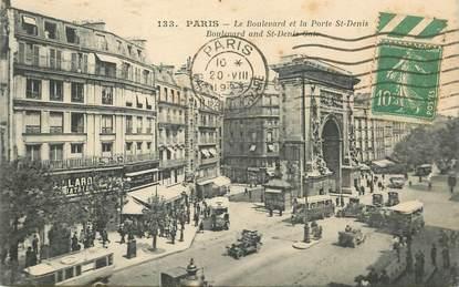 """CPA FRANCE 75002 """"Paris, le boulevard et la porte Saint Denis"""""""
