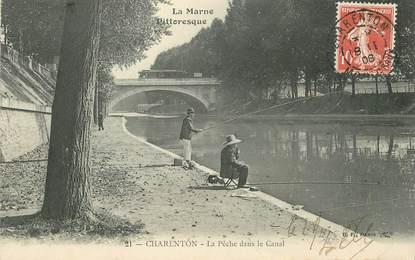 """CPA FRANCE 94 """"Charenton, la Pêche dans le Canal"""""""
