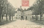 """77 Seine Et Marne / CPA FRANCE 77 """"Tournan, place du château, hôtel de ville"""""""