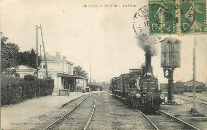 """/ CPA FRANCE 53 """"Château Gontier, la gare"""" / TRAIN"""