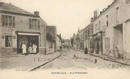 """CPA FRANCE 45 """" Outarville, rue principale"""""""