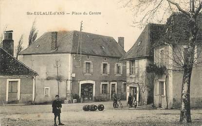 """/ CPA FRANCE 24 """"Sainte Eulalie d'ANs, place du centre"""""""