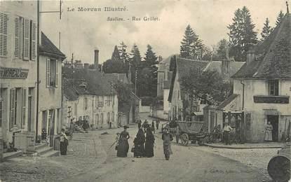 "/ CPA FRANCE 21 ""Saulieu, rue Grillot"""