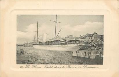 """CPA FRANCE 76 """"Le Havre, Yacht dans le bassin du Commerce"""""""