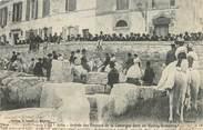 """13 Bouch Du Rhone / CPA FRANCE 13 """"Arles, arrivée des paysans de la Camargue dans les Ruines Romaines"""""""