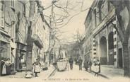 """13 Bouch Du Rhone / CPA FRANCE 13 """"Aubagne, la mairie et les Halles"""""""