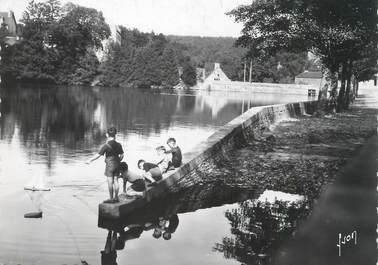 """/ CPSM FRANCE 29 """"Huelgoat, le lac"""""""