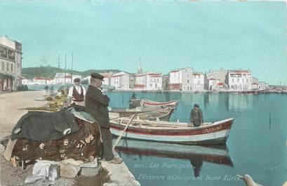"""/ CPA FRANCE 13 """"Les Martigues, pêcheurs débarquant leurs filets"""""""