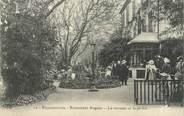 """13 Bouch Du Rhone / CPA FRANCE 13 """"Roquefavour, restaurant Arquier, la terrasse et le jardin"""""""